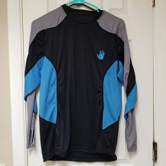 Body Glove long sleeve shirt rash guard swim shirt.  M 5a5d1bb5f9e501ce48489f3e 3f06eef9f76e